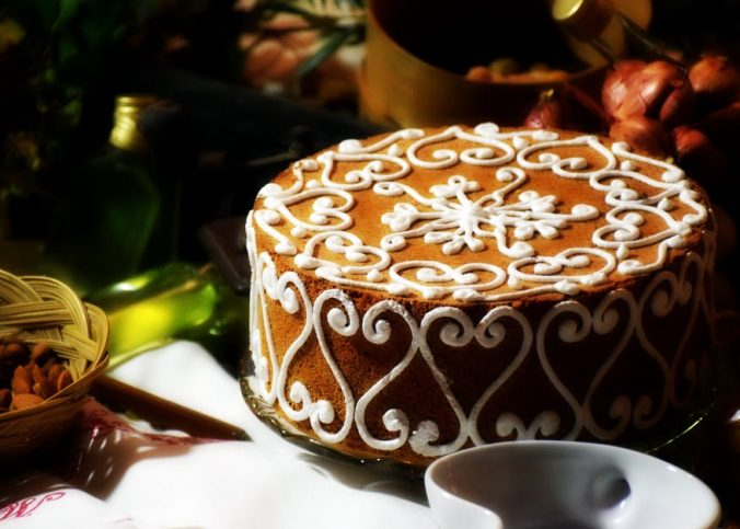 lukier królewski do dekoracji tortów